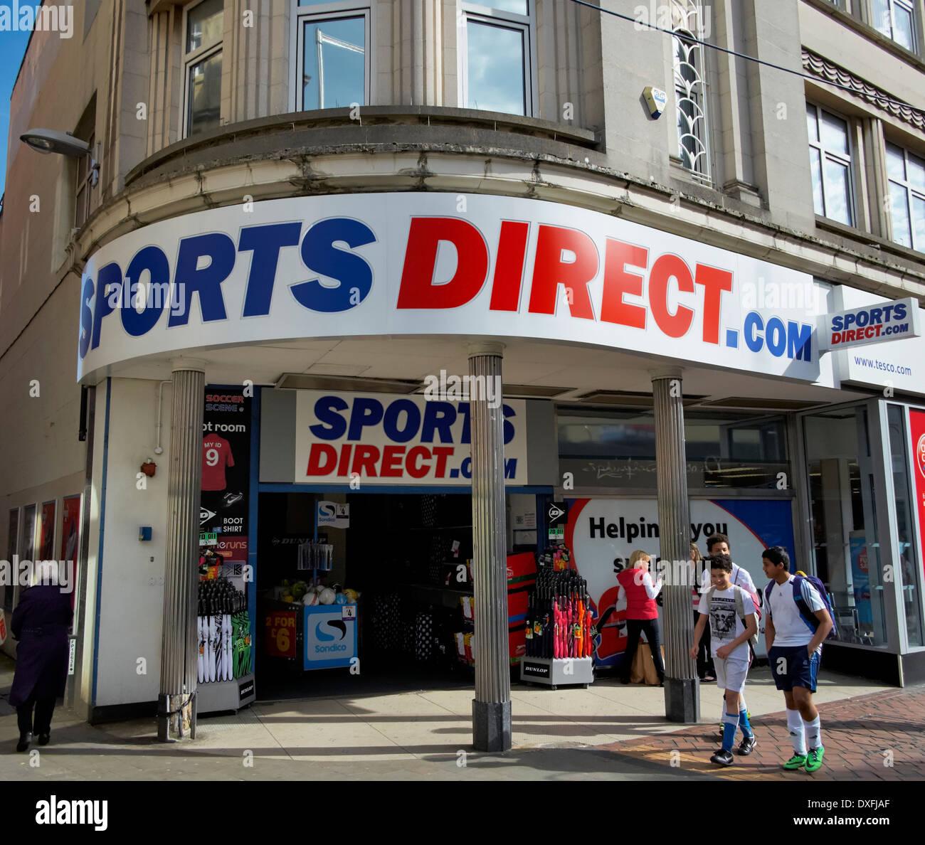 sports-direct-derby-england-uk-DXFJAF.jp