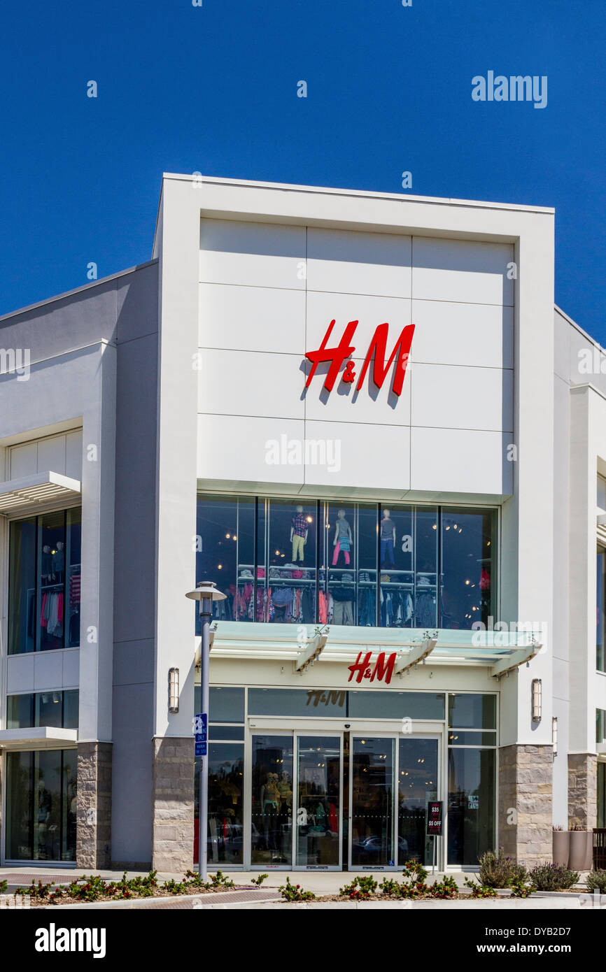 An H&M store at the open air shopping mall called The ...