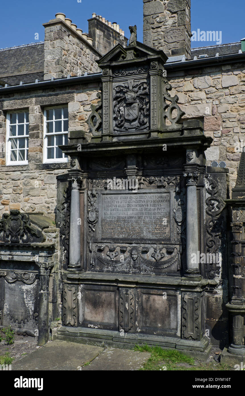 tomb-of-sir-robert-dennistoun-of-mountjo