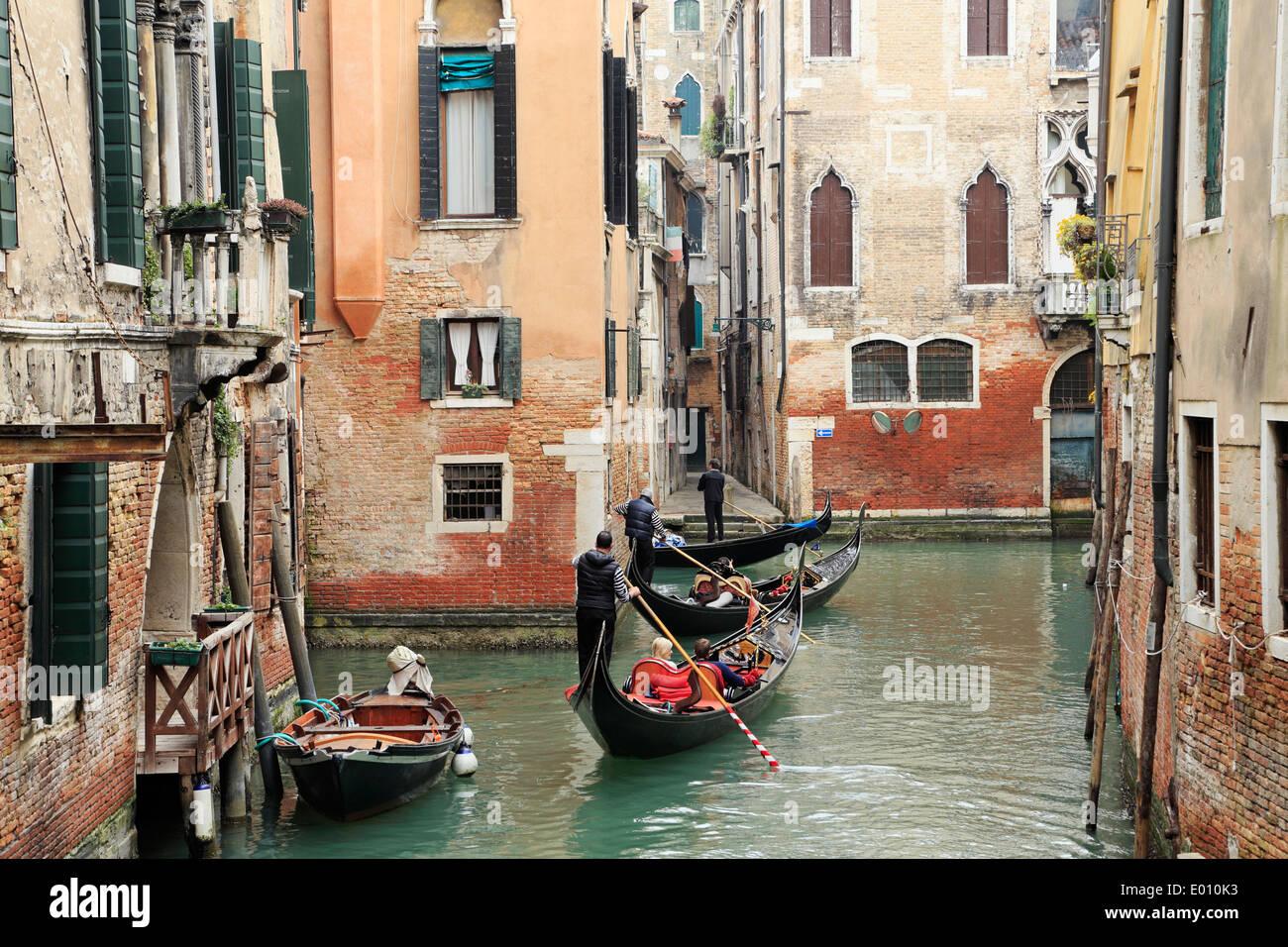 venice-italy-gondolas-on-canals-E010K3.j