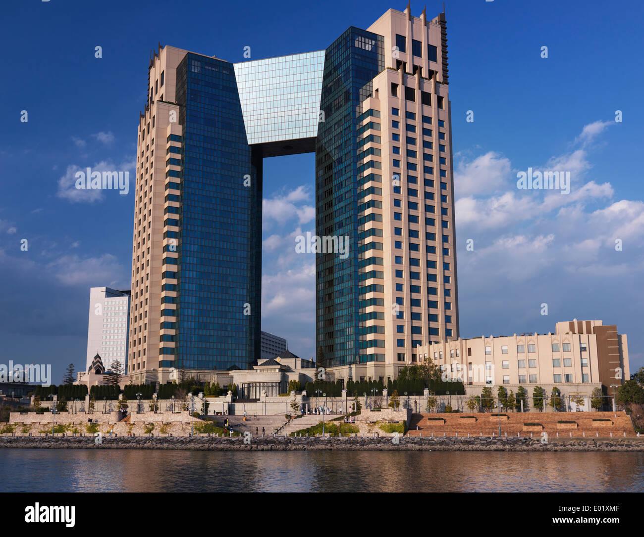 City Island  Building