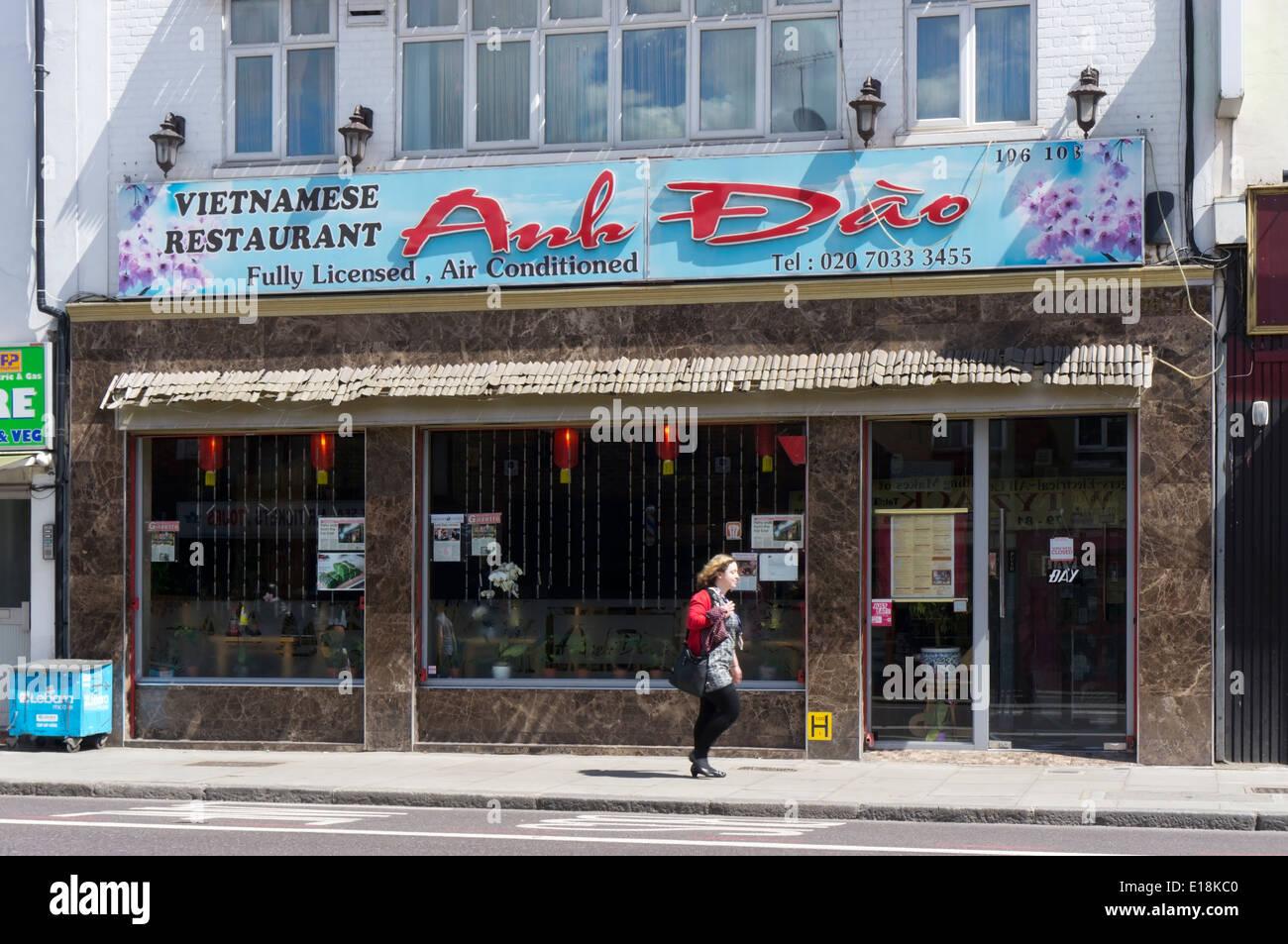 Stock Photo - The Anh Dào Vietnamese restaurant in Kingsland Road, East London