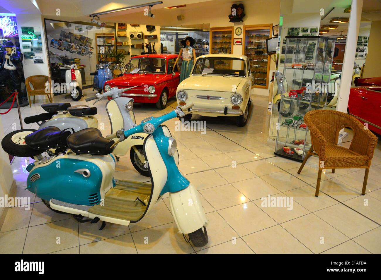 vespa scooters malta classic car museum qawra il qawra saint stock photo royalty free. Black Bedroom Furniture Sets. Home Design Ideas