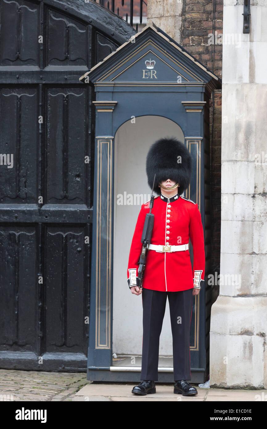 queens guard deutsch