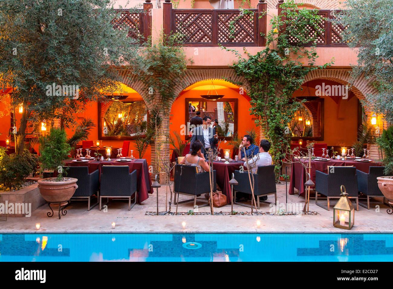 Morocco high atlas marrakesh imperial city restaurant for Architecture maison arabe