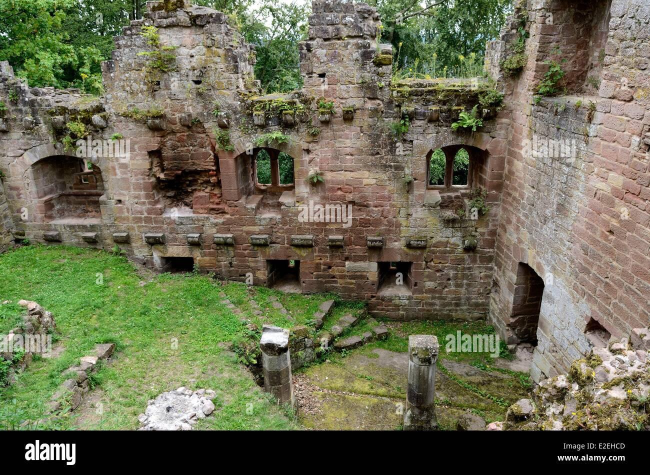 France bas rhin niederbronn les bains chateau du vieux for Les bains en france