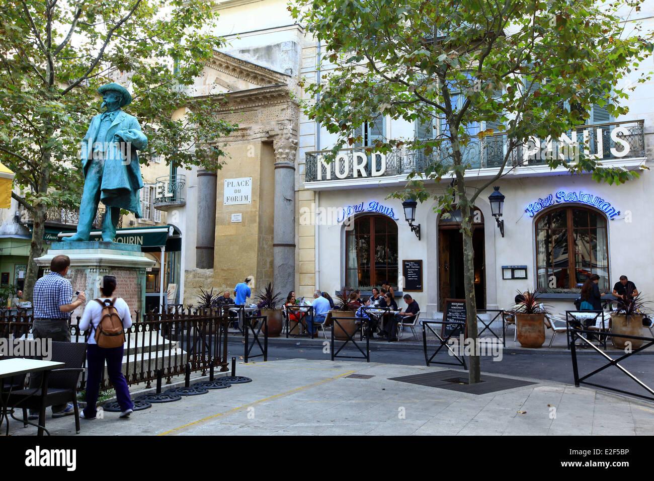 France bouches du rhone arles place du forum and the for Chambre de commerce bouches du rhone