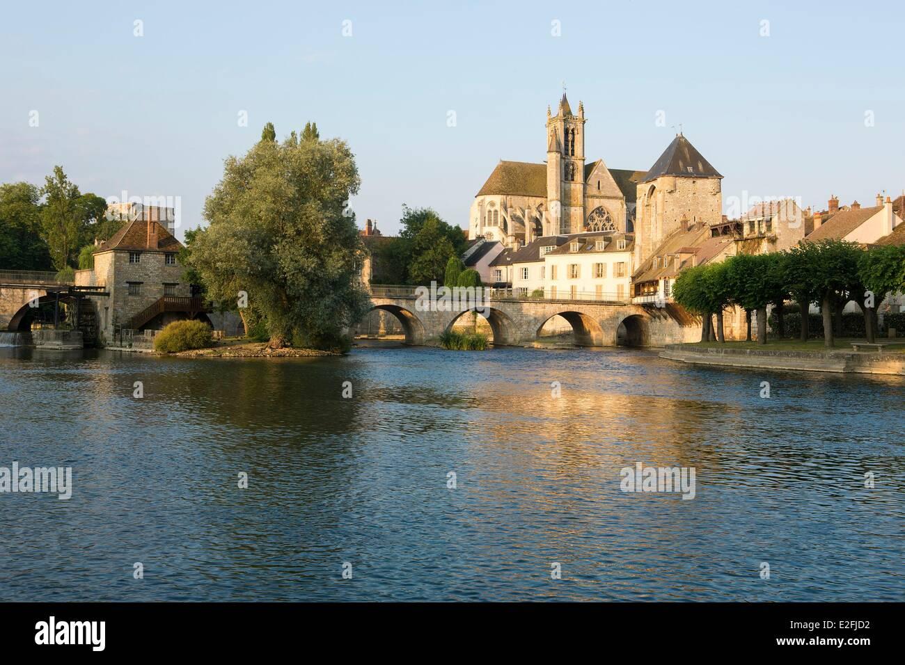 France seine et marne moret sur loing the loing river - Pisciniste seine et marne ...