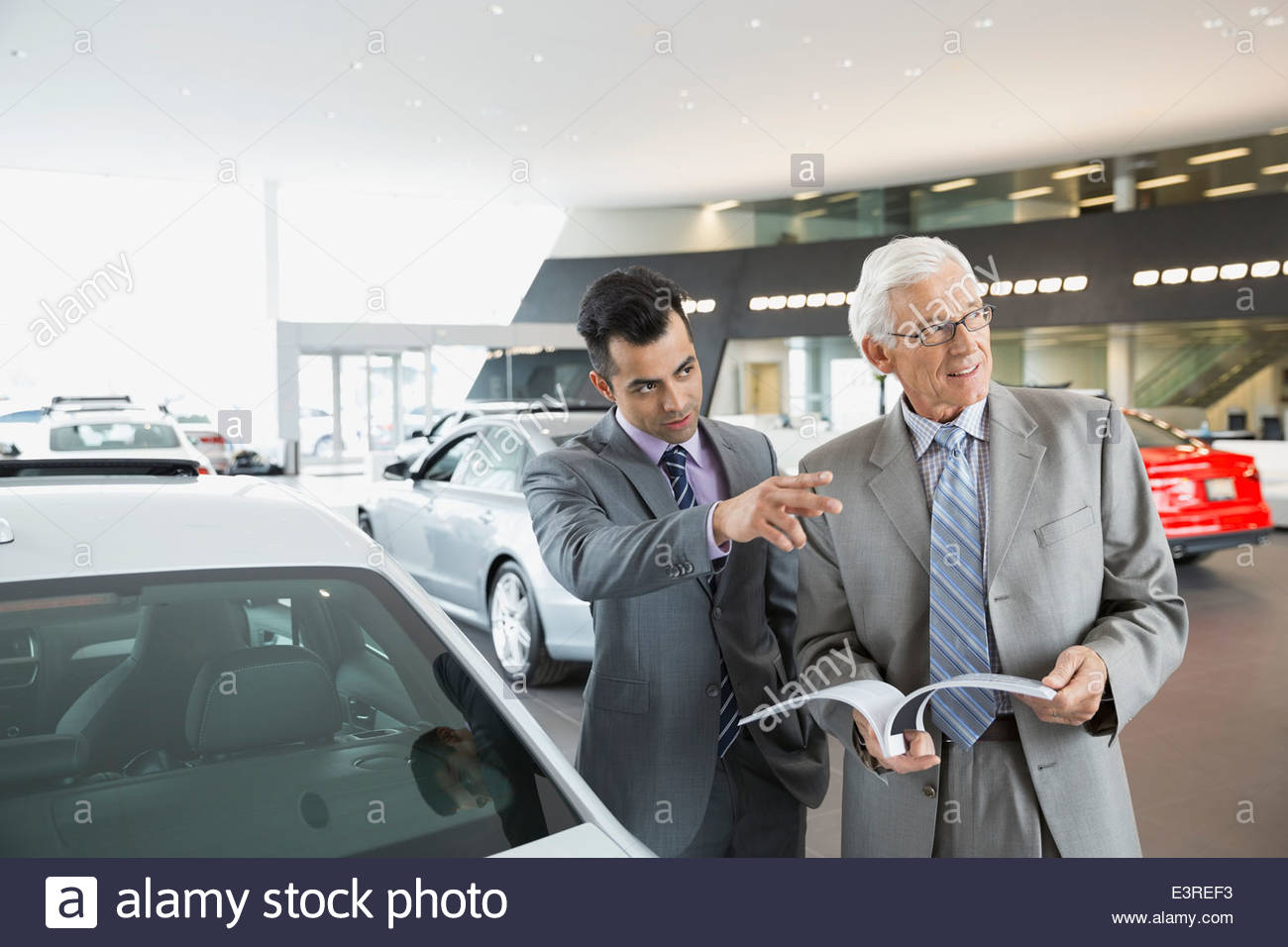 how to become a car dealership salesman