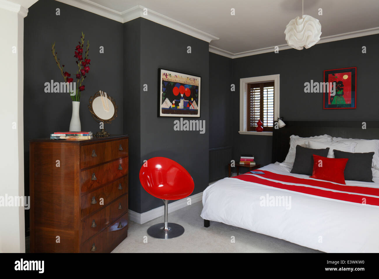 Red white and grey colour scheme in modern bedroom for Black gray and red bedroom ideas