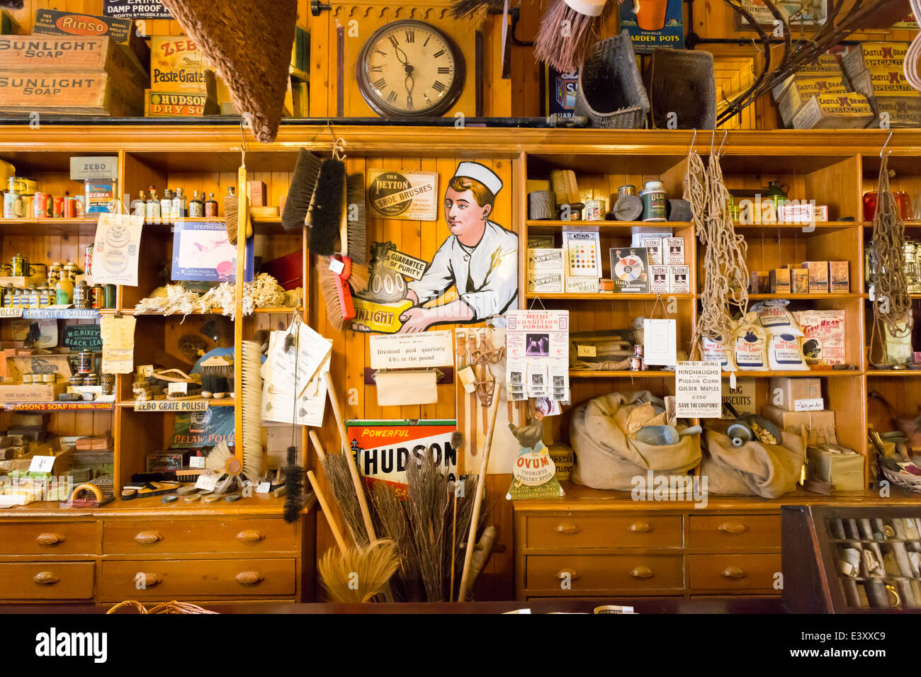 Old fashioned hardware stores 8