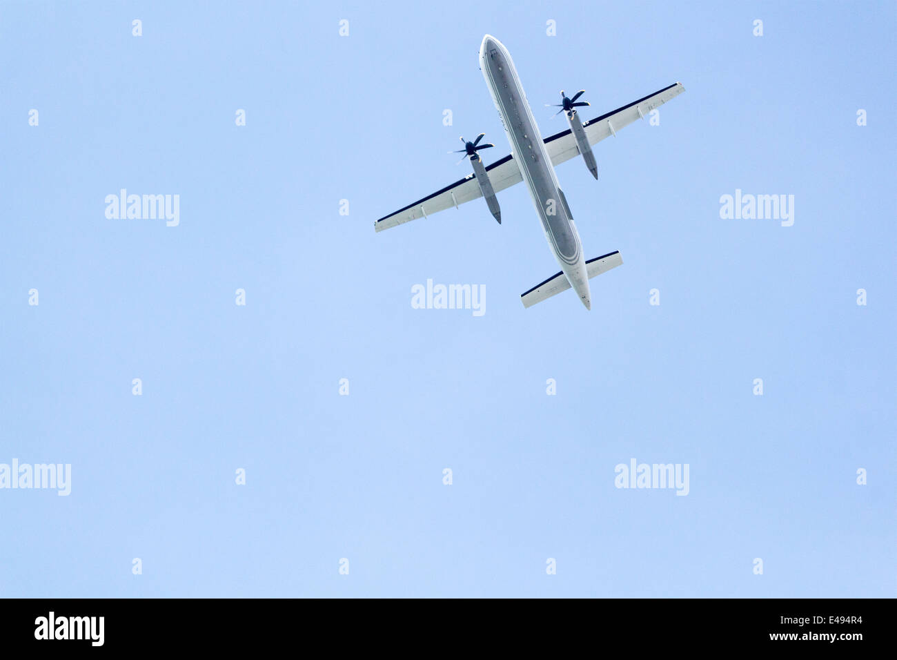 porter-airlines-bombardier-q400-aircraft