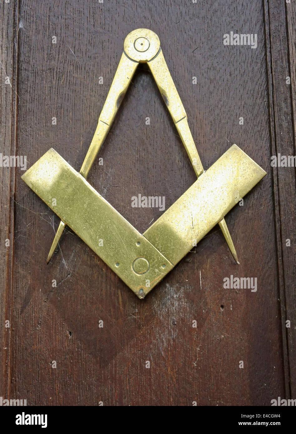 masonic-symbol-on-door-of-lodge-in-langp