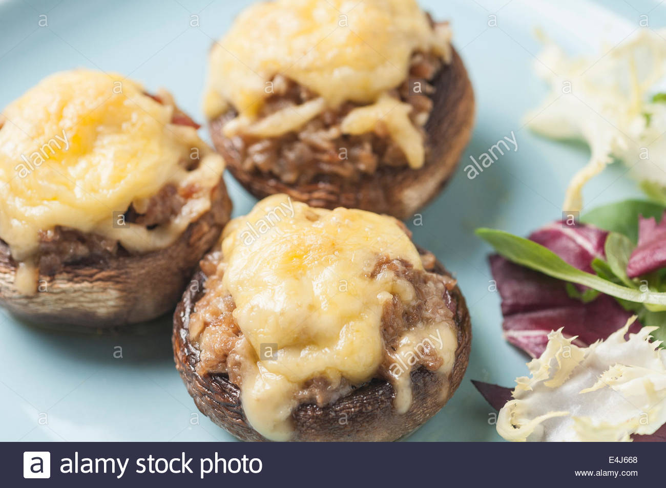 how to make stuffed mushrooms with bacon and cheese