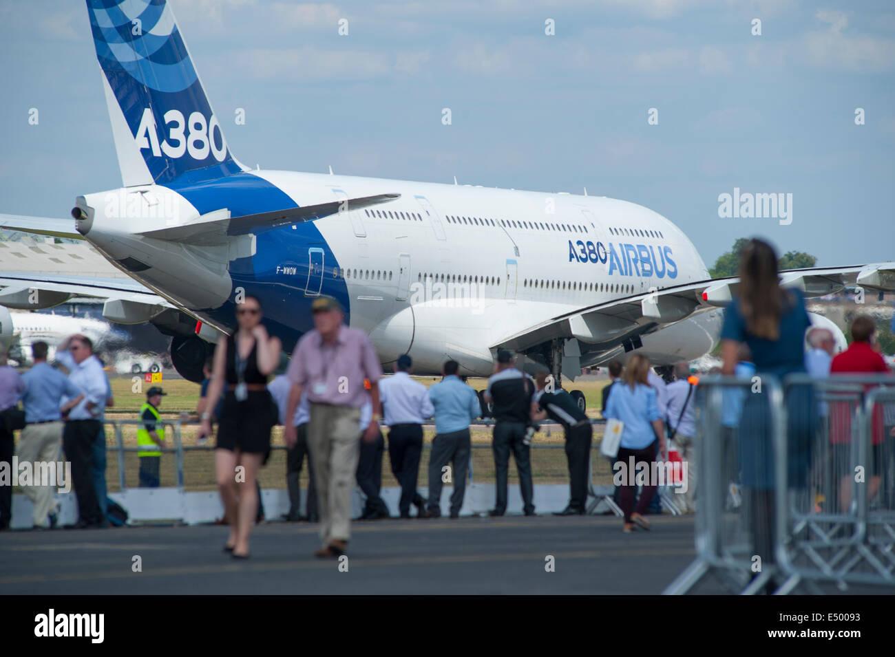 farnborough-aerodrome-hampshire-uk-17th-