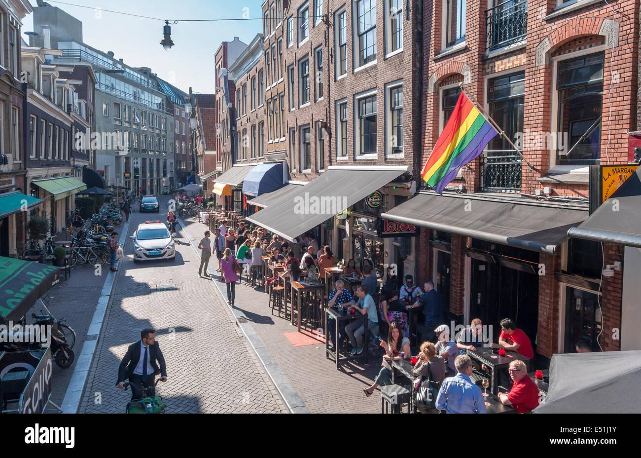 http://c7.alamy.com/comp/E51J1Y/amsterdam-reguliersdwars-reguliersdwarsstraat-outdoor-bars-rainbow-E51J1Y.jpg