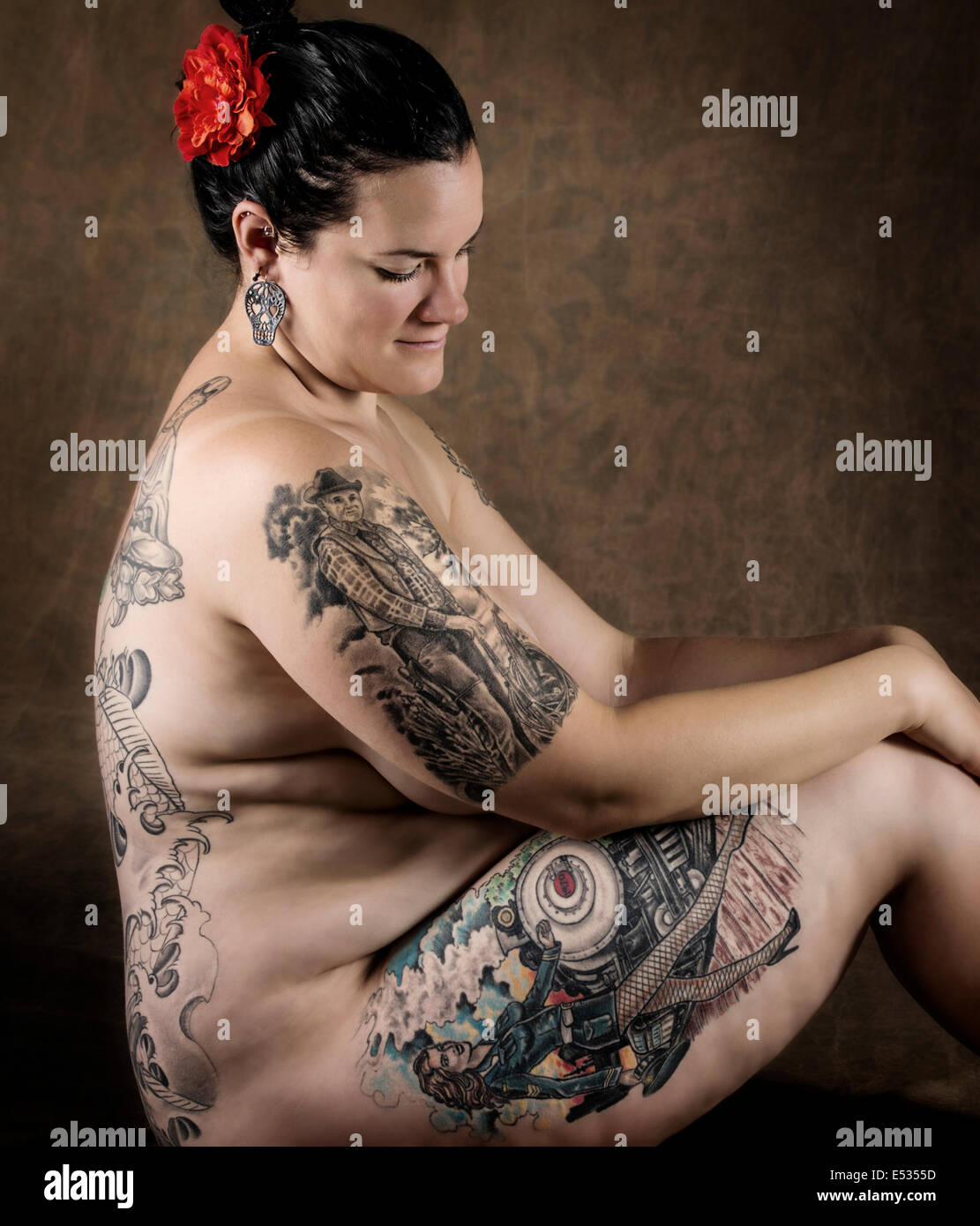 Tattoo Nude Woman 41
