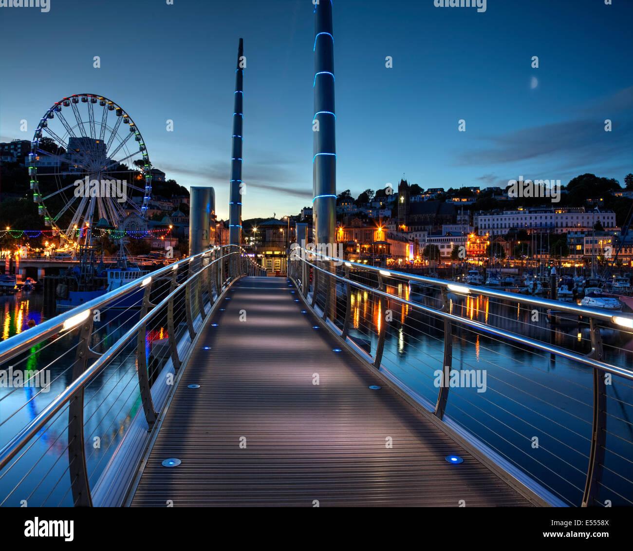 bridge gb night london - photo #28
