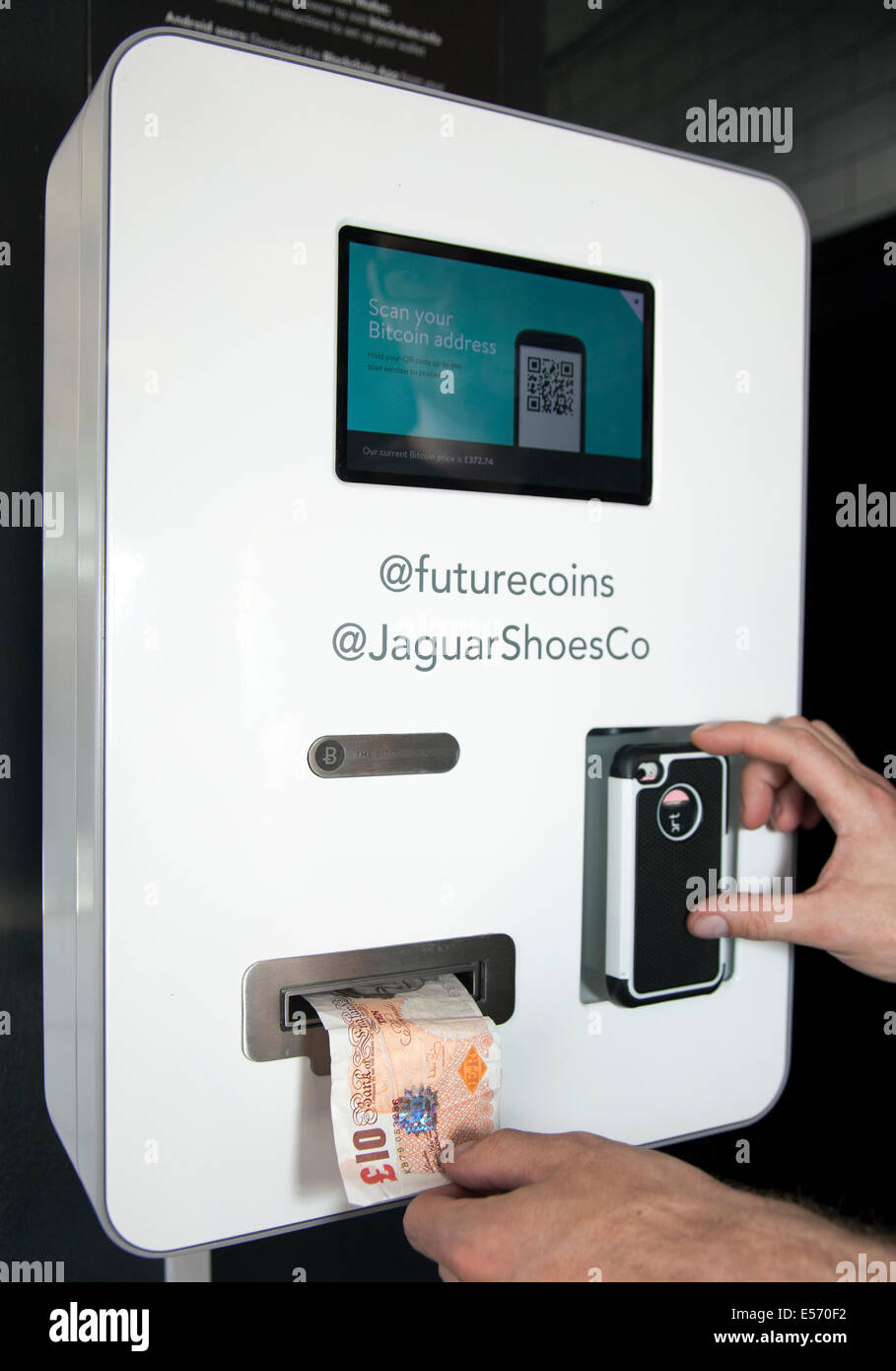 Shoreditch Tube Station: UK's First Bitcoin ATM In Old Shoreditch Station Cafe/bar