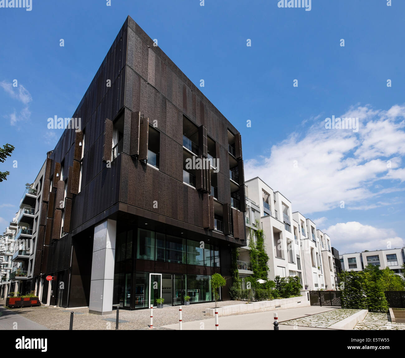 new luxury apartment buildings at marthashof in gentrified. Black Bedroom Furniture Sets. Home Design Ideas