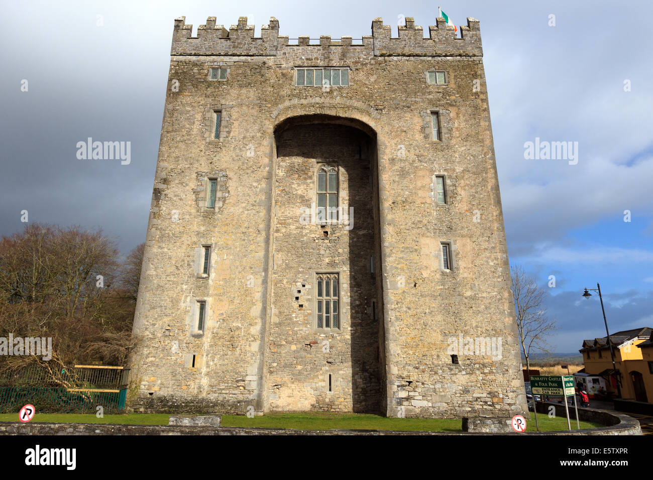 The bunratty castle in ireland the castle is a large for Castle house plans with towers