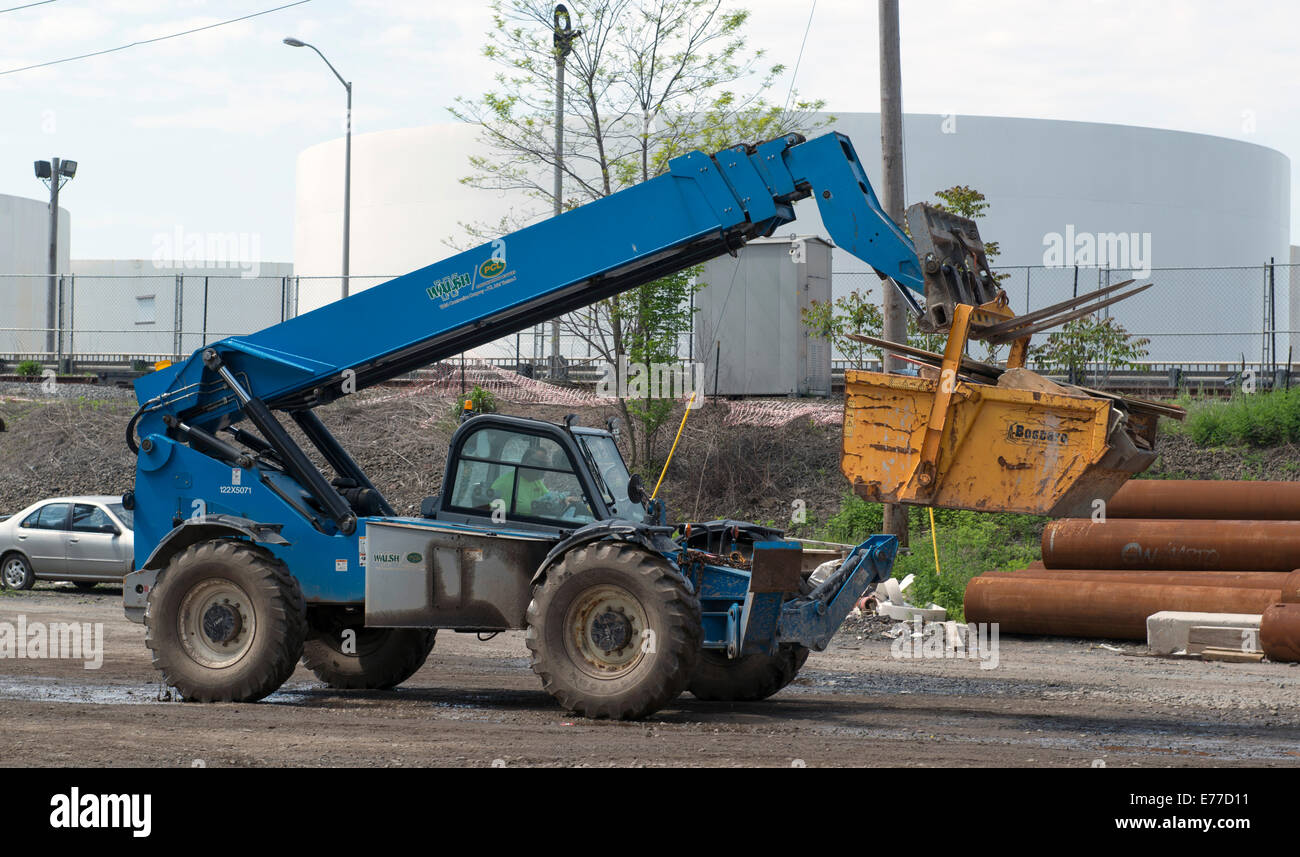 All terrain or rough terrain forklift at construction site for Terrain construction