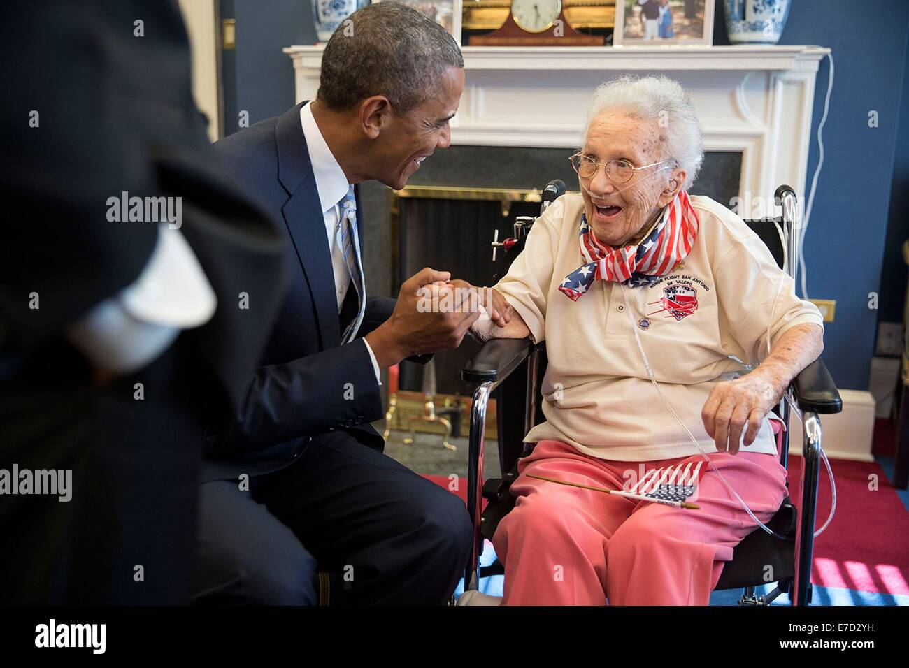 http://c7.alamy.com/comp/E7D2YH/us-president-barack-obama-visits-with-lucy-coffey-in-the-vice-presidents-E7D2YH.jpg