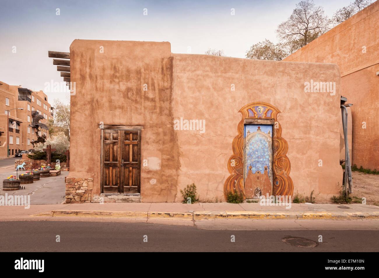 A traditional adobe house in santa fe new mexico stock for Santa fe adobe homes