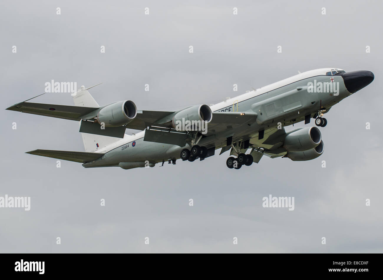 the-boeing-rc-135w-rivet-joint-is-a-large-all-weather-electronic-surveillance-E8CDXF.jpg
