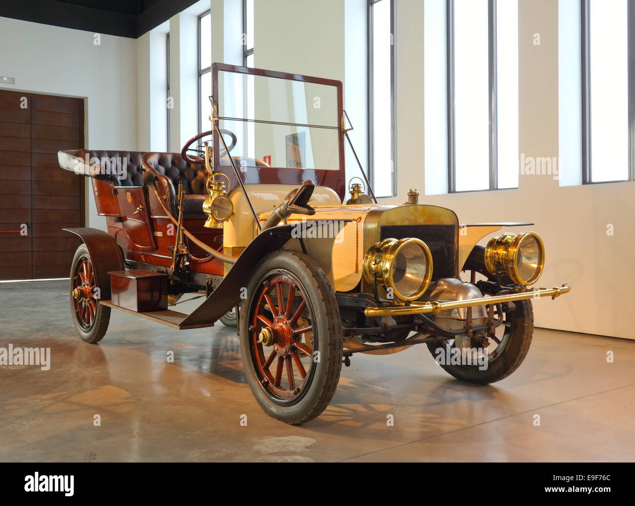 1907 Berliet C2 double-phaéton at Car, Automobile Museum of Málaga, Andalusia, Spain. Stock Photo