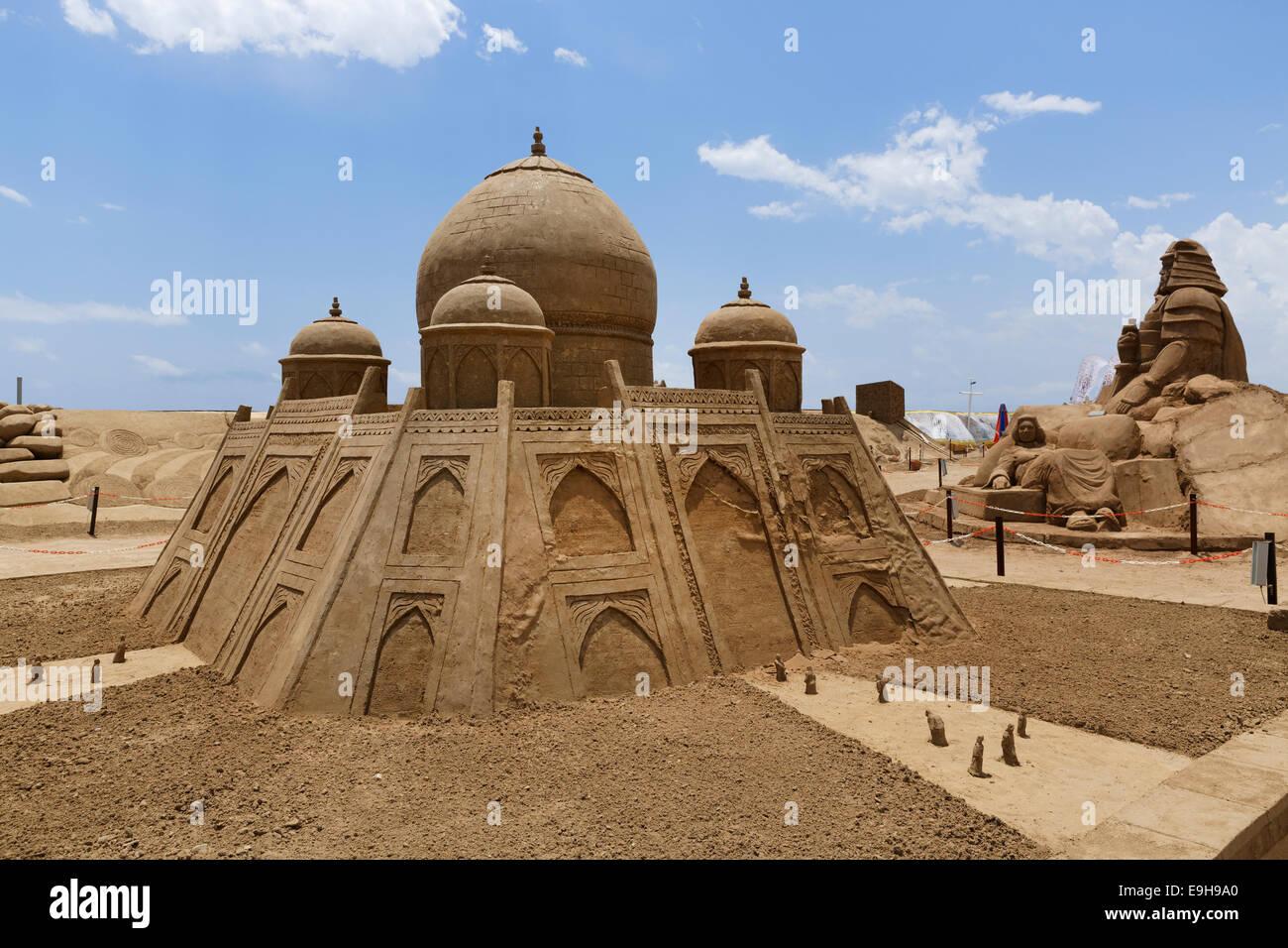 Mughal Empire Sand Sculpture by Ian Zelinka, International ...