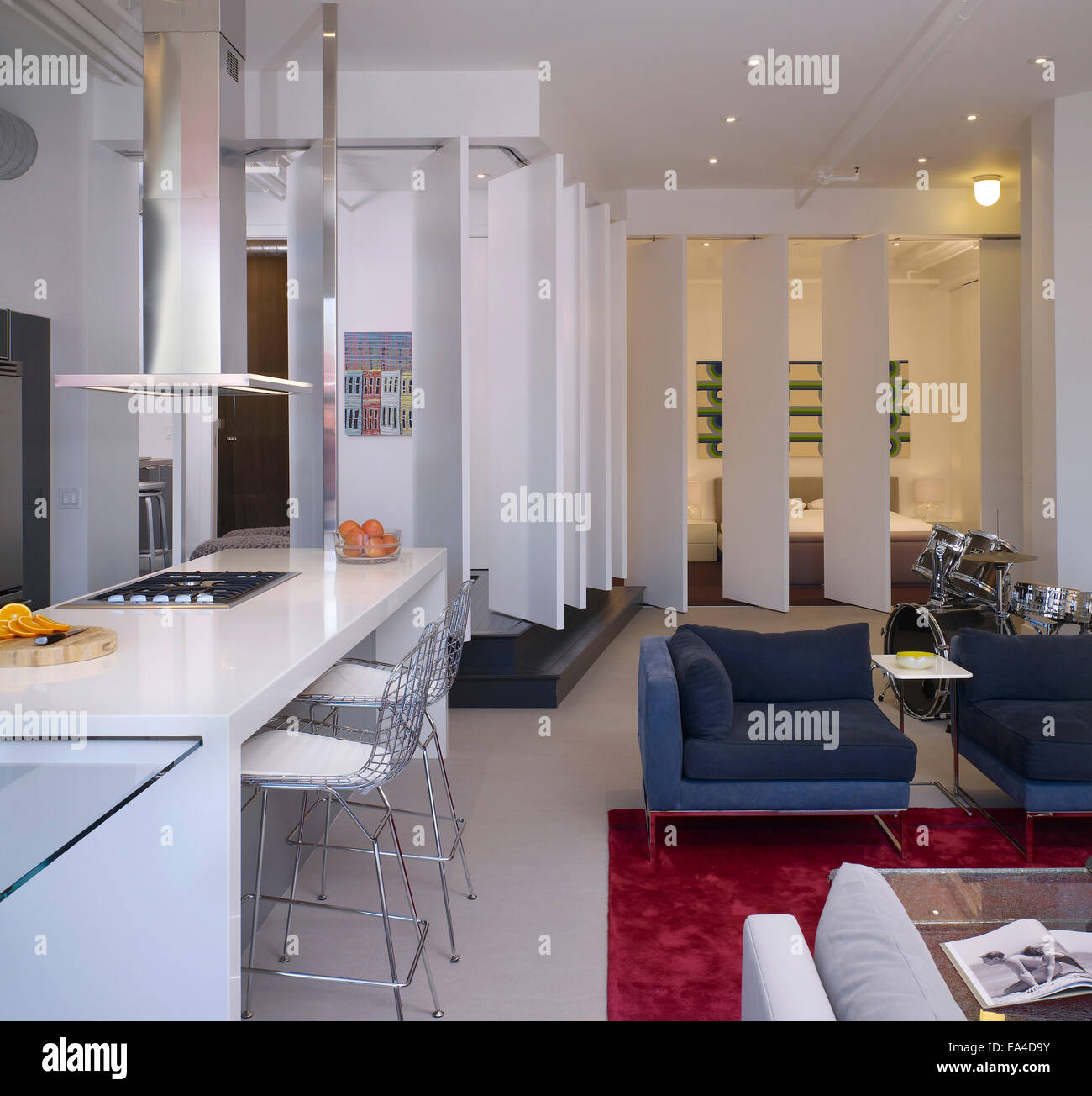 Apartment Locator Los Angeles: Open Plan Studio Apartment On Broadway, Hollywood, Los