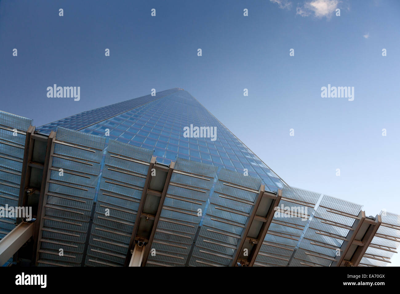 the-shard-southwark-london-EA70GX.jpg