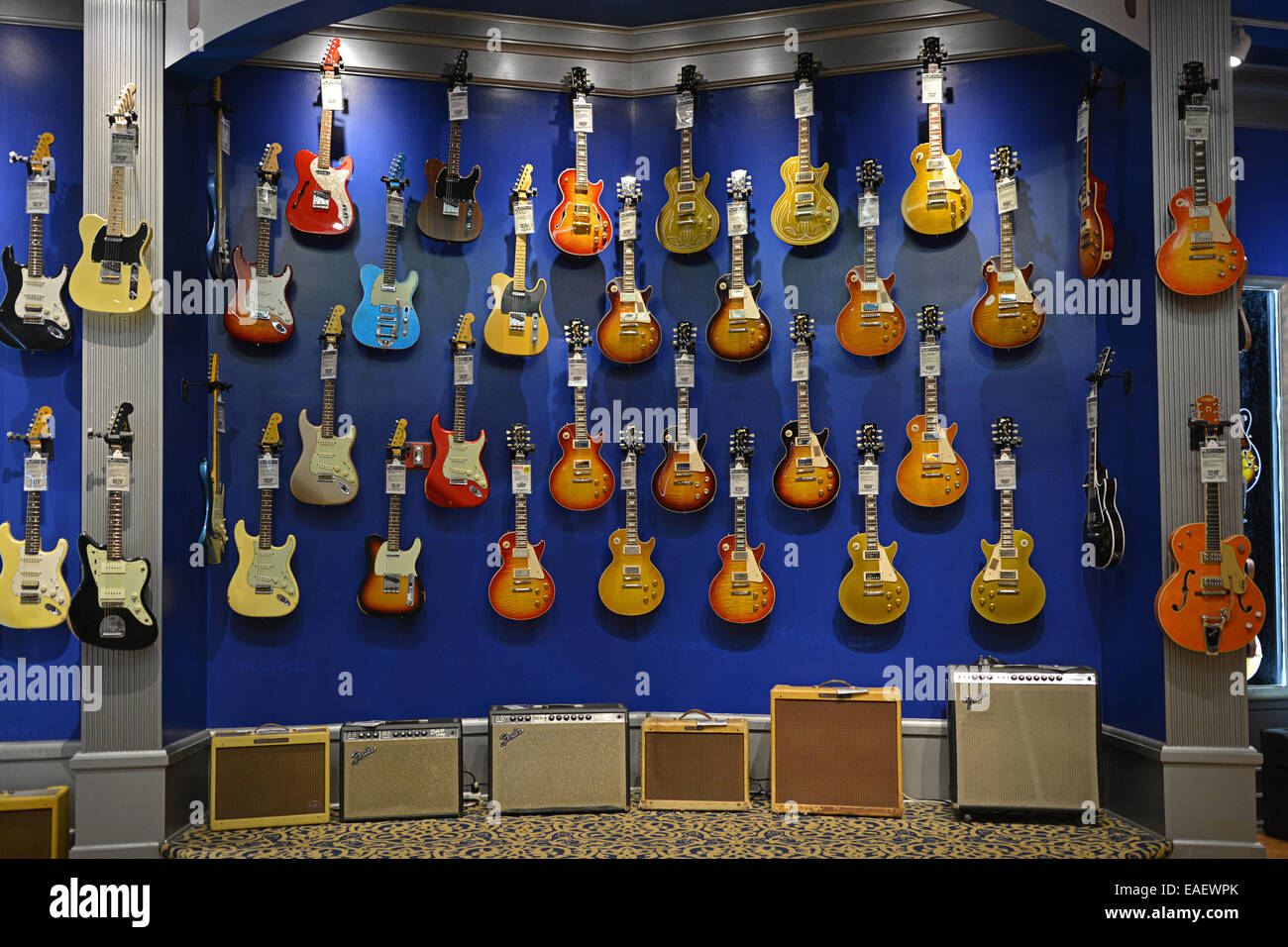 vintage guitars and amplifiers for sale at the guitar center on west stock photo royalty free. Black Bedroom Furniture Sets. Home Design Ideas