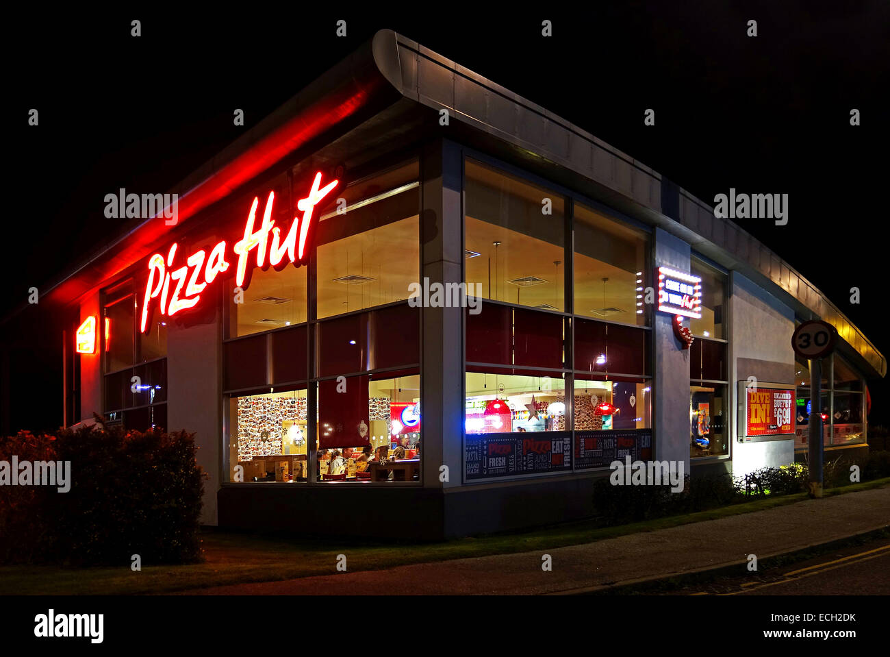 Pizza hut restaurant at night stock photo royalty free - Restaurante pizza hut ...