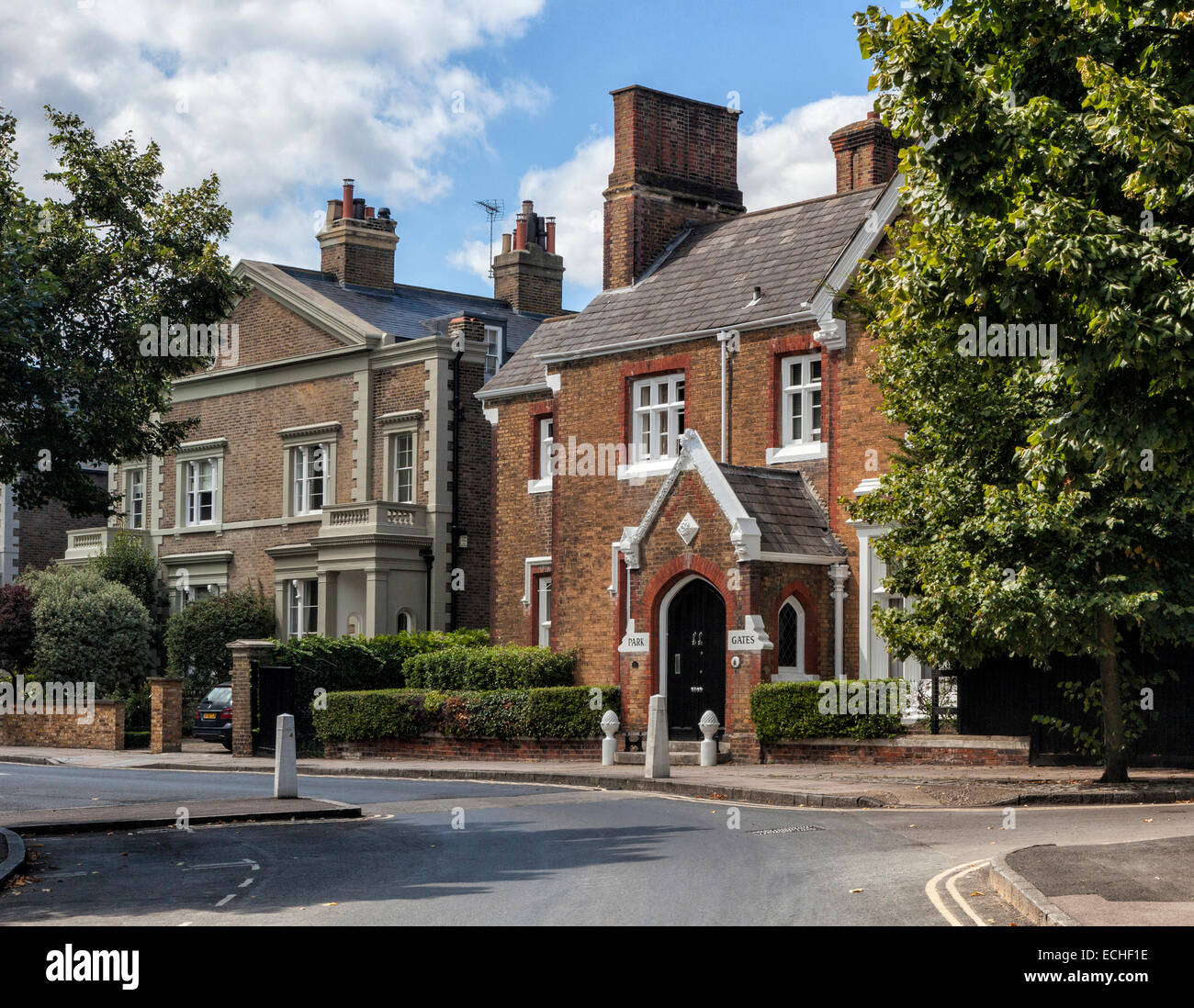 Luxury Brick Homes: Luxury Traditional Brick Houses On The Richmond Green