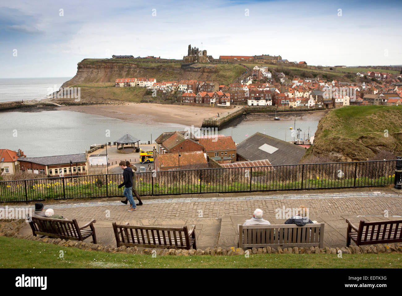 Yorkshire Terrace: UK, England, Yorkshire, Whitby, East Terrace, Benches