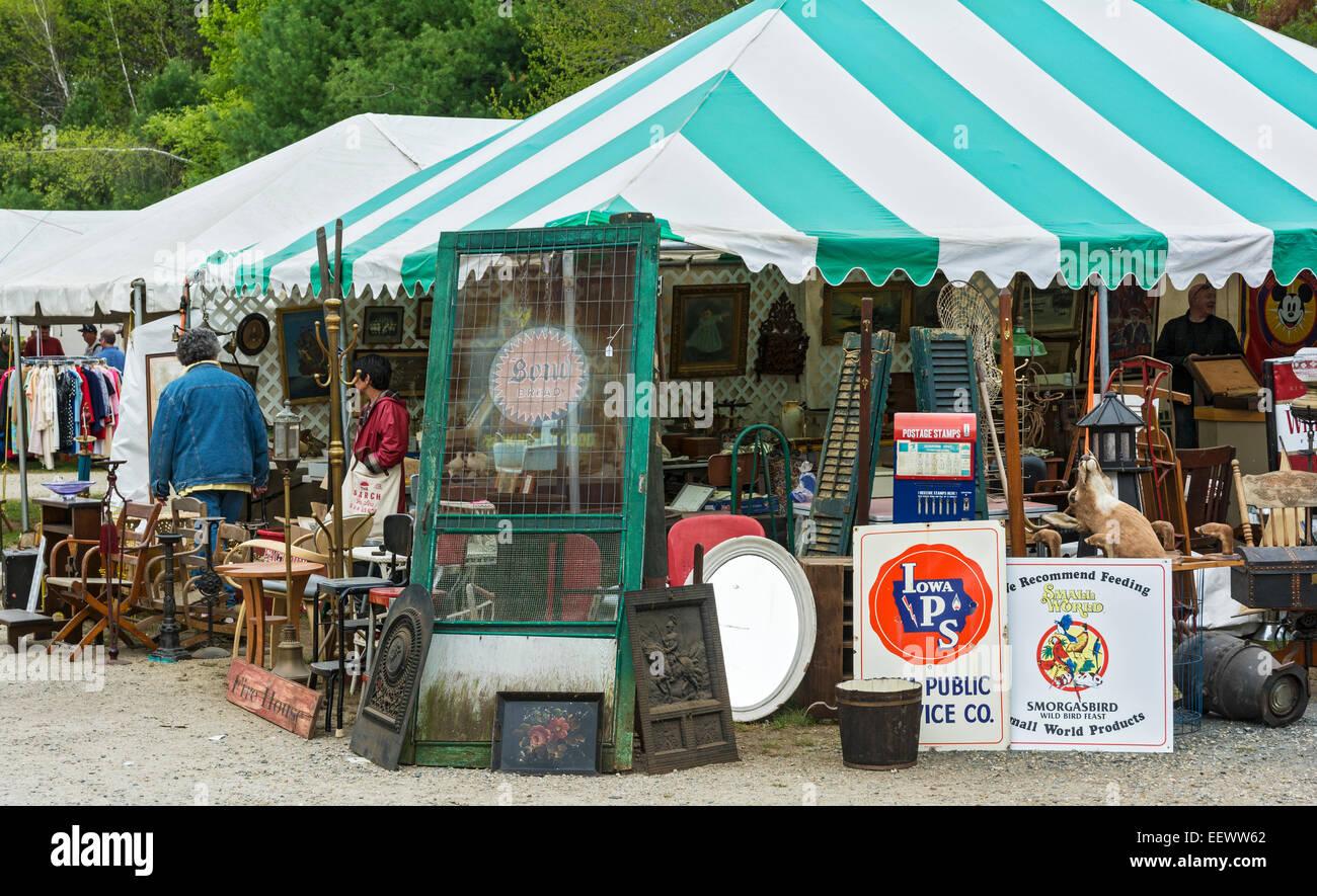 massachusetts brimfield antique flea market stock photo royalty free image 78015226 alamy. Black Bedroom Furniture Sets. Home Design Ideas
