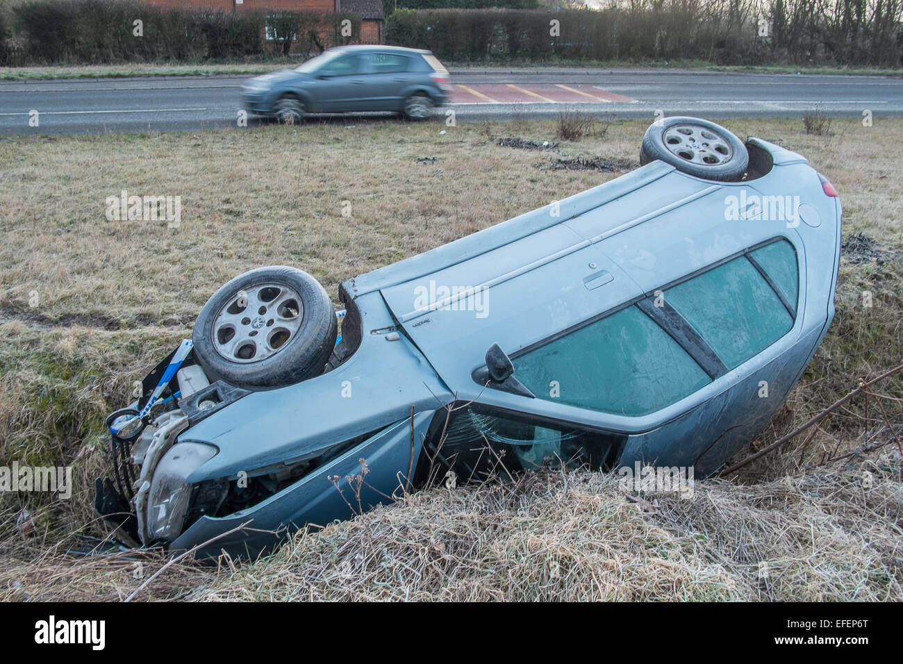 a388-near-downton-wiltshire-uk-2nd-february-2015-car-remains-in-ditch-EFEP6T.jpg
