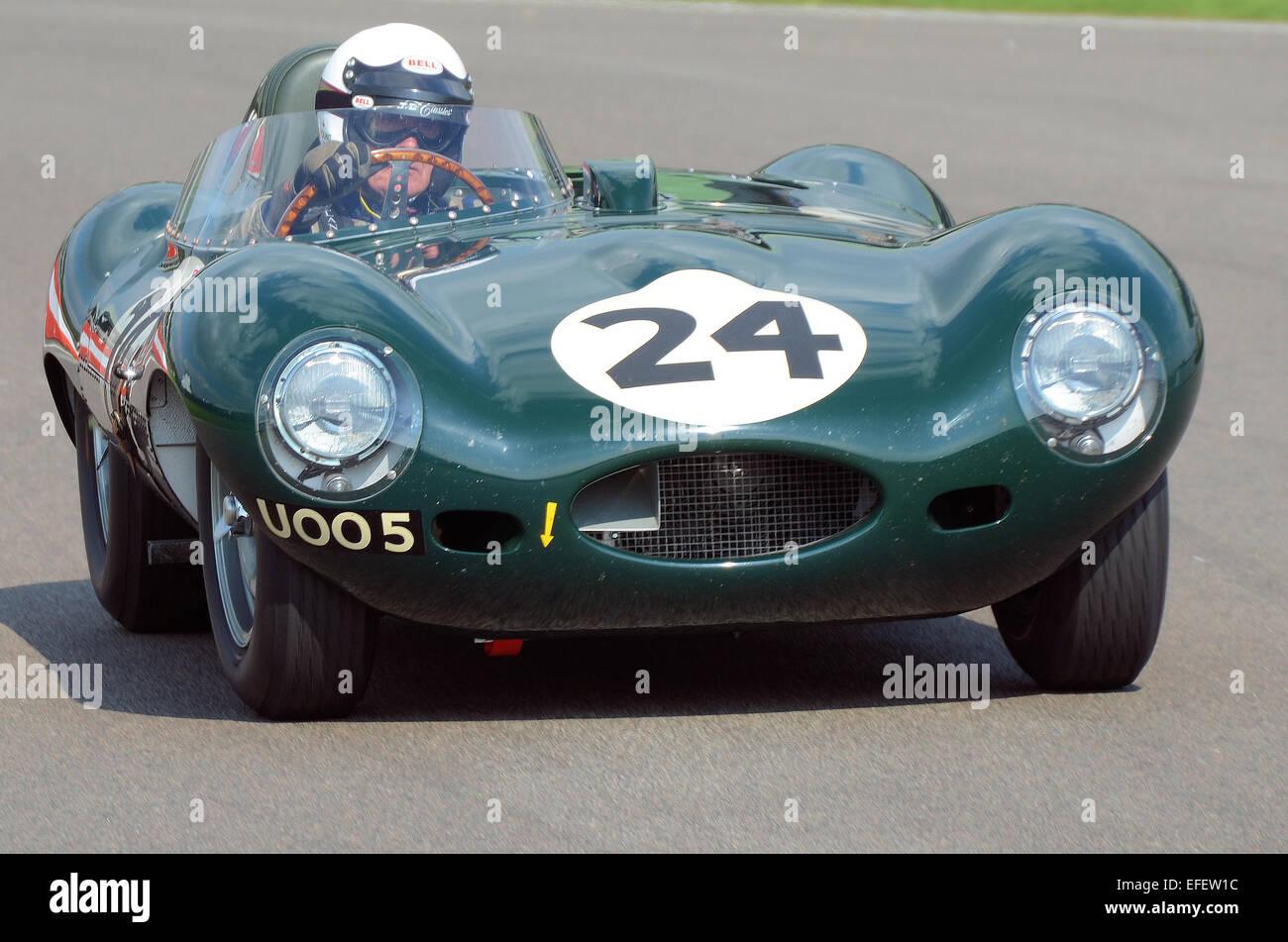 the-jaguar-d-type-is-a-sports-racing-car