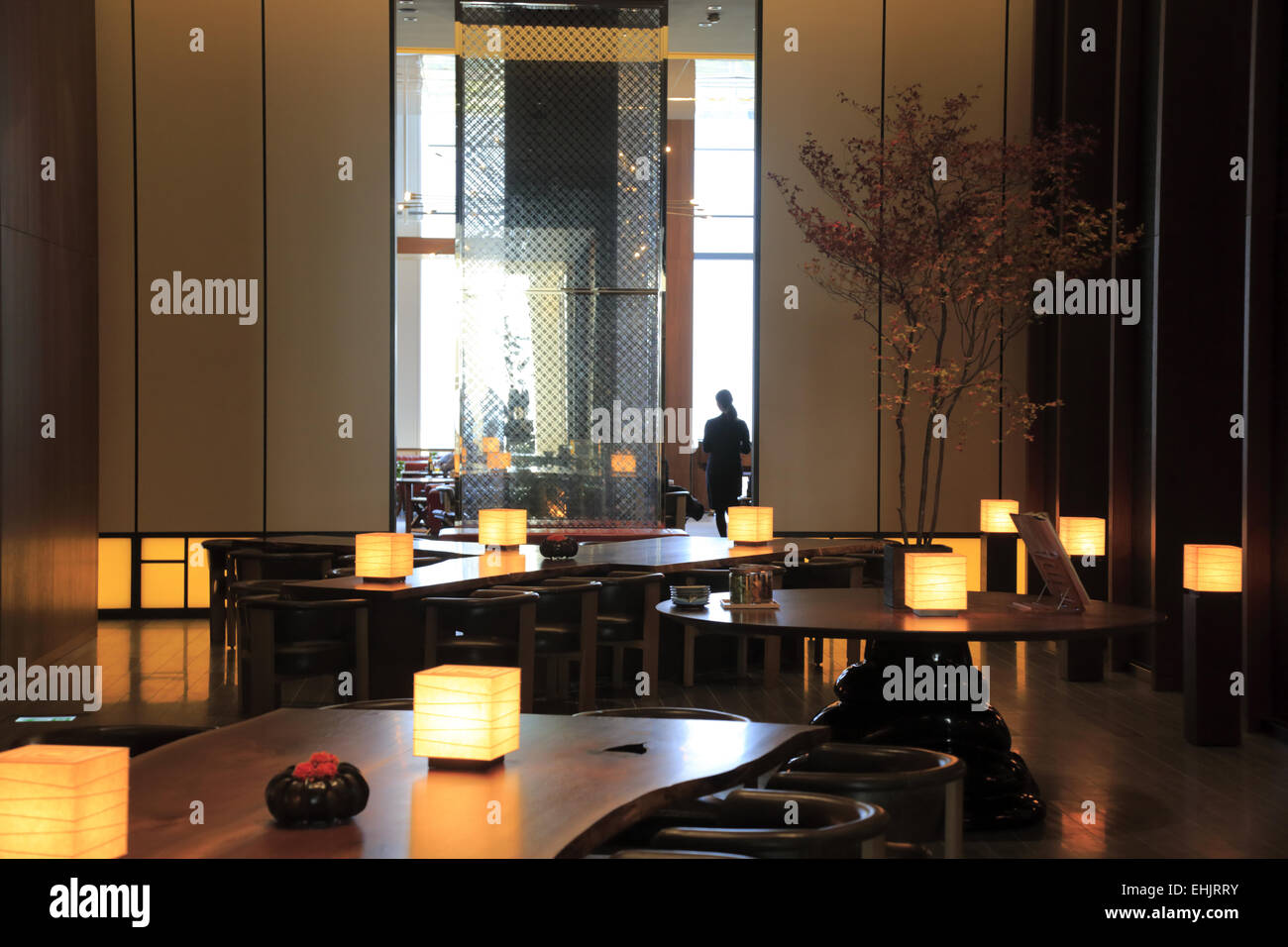 The lobby of andaz tokyo toranomon hills hotel tokyo for Design hotel tokyo