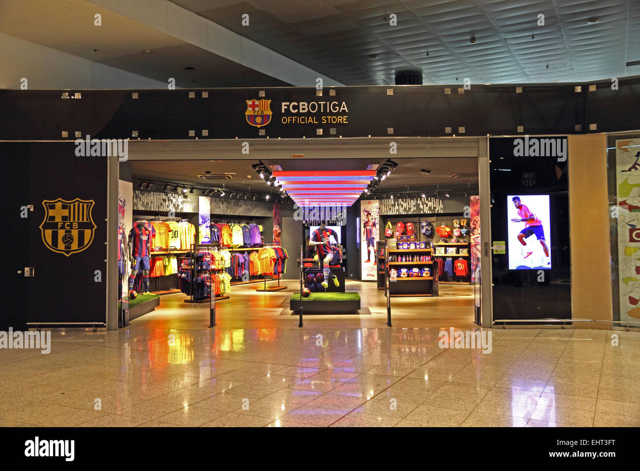 fcbotiga official fc barcelona souvenir shop barcelona el prat stock photo royalty free image. Black Bedroom Furniture Sets. Home Design Ideas