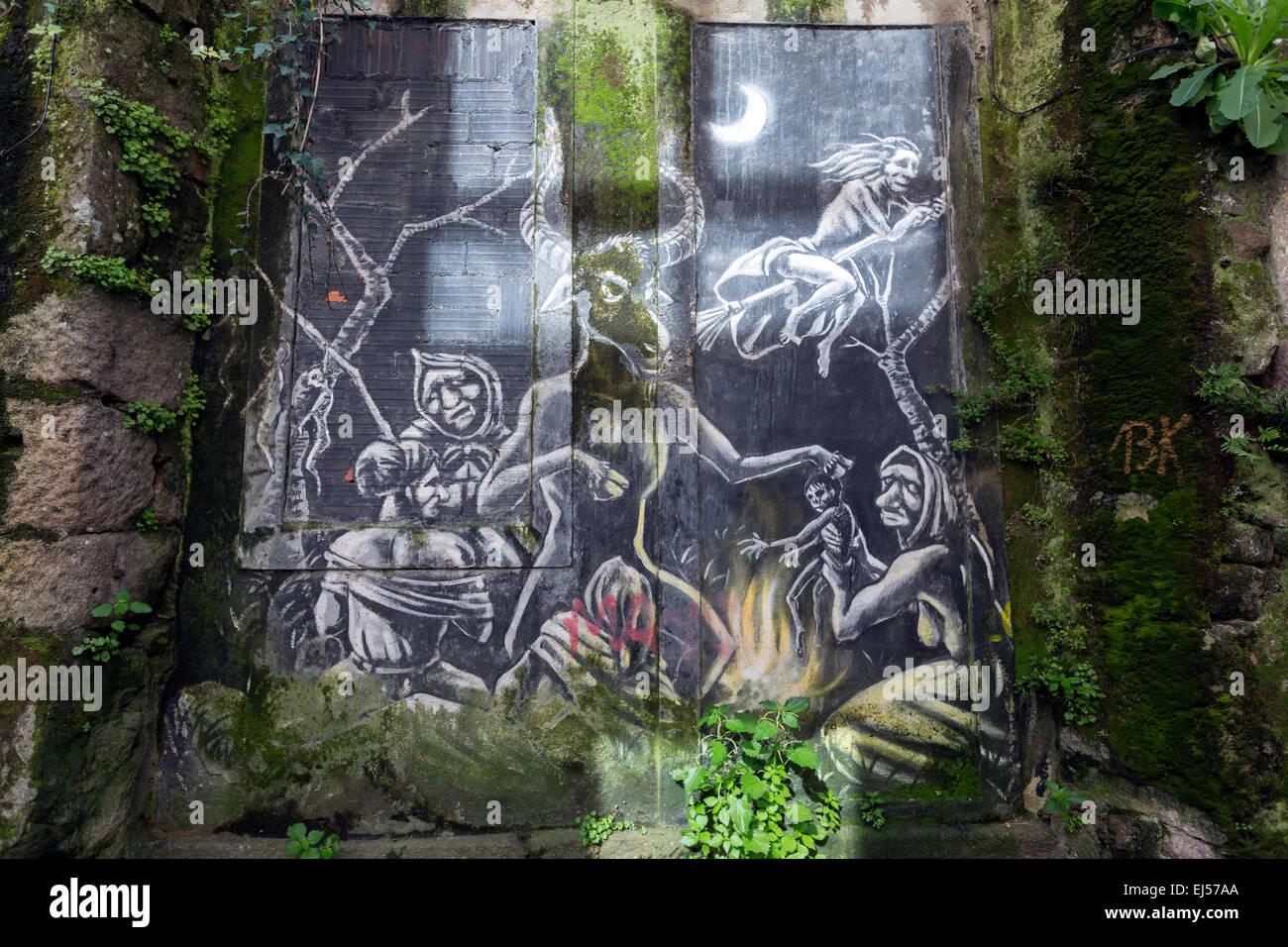 witchcraft-graffiti-in-pontevedra-EJ57AA