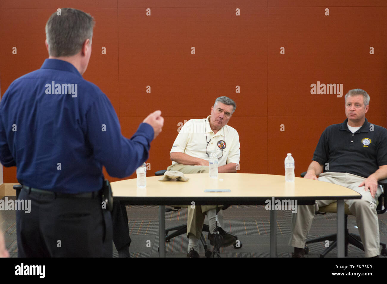 CBP Commisioner Gil Kerlikowske visits the CBP Advanced ...