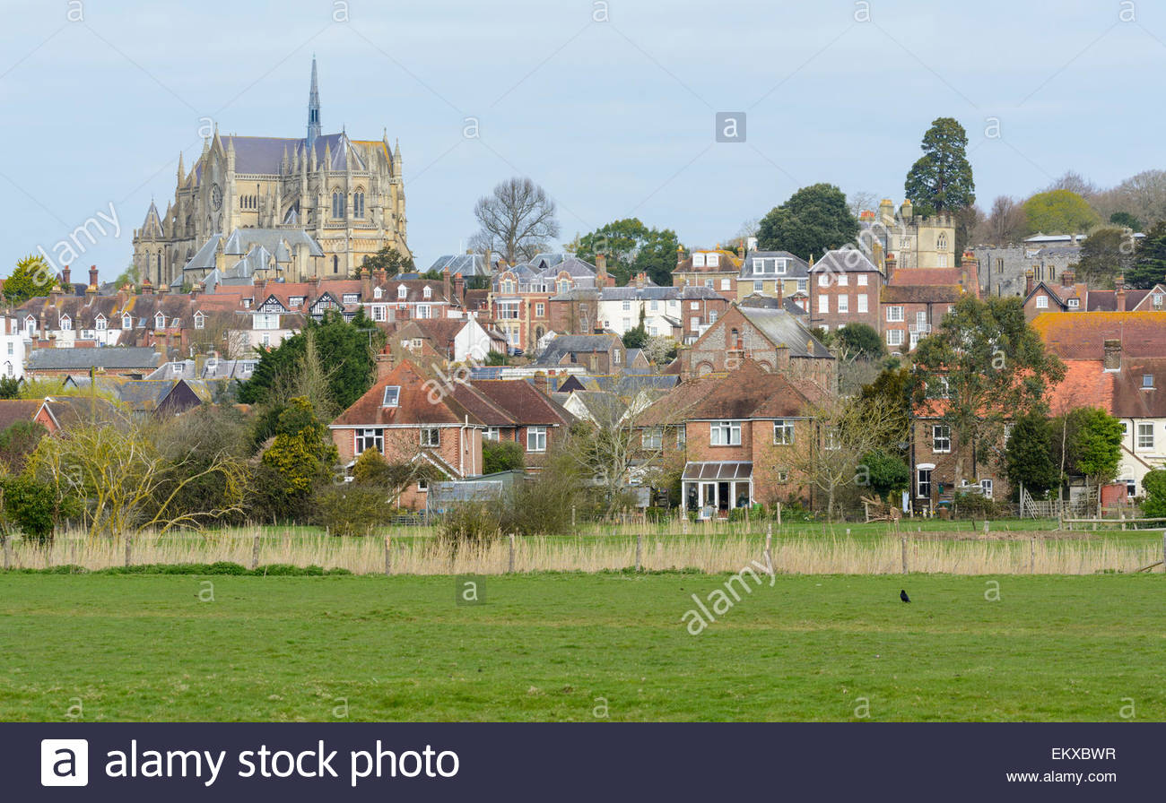 historic-town-of-arundel-including-the-c