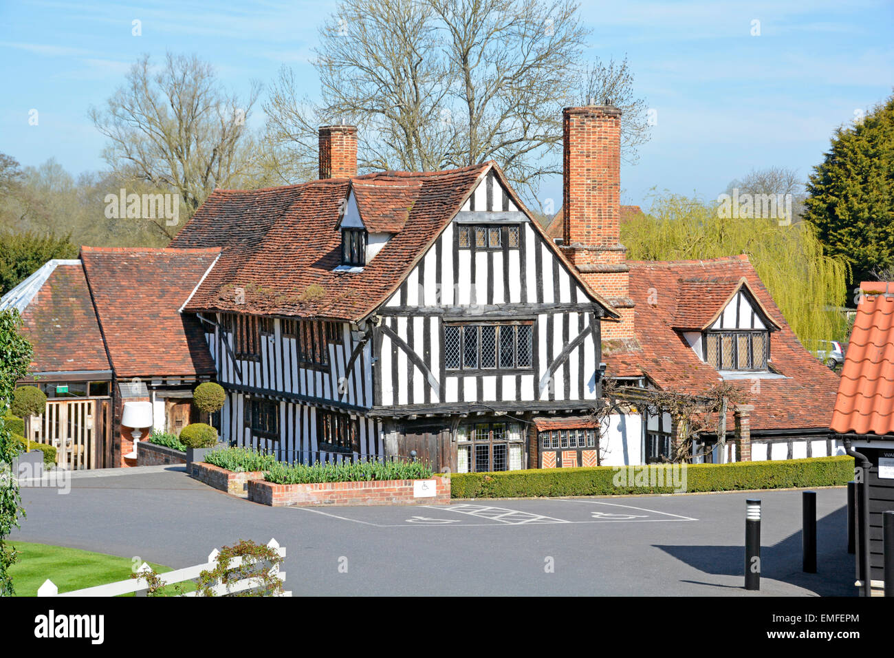 The Le Talbooth Riverside Rural Restaurant And Wedding Venue At Stock Photo Royalty Free Image