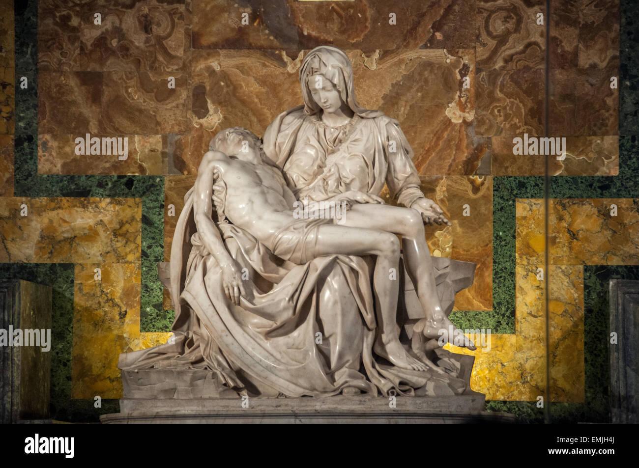 pieta-statue-of-the-virgin-mary-cradling