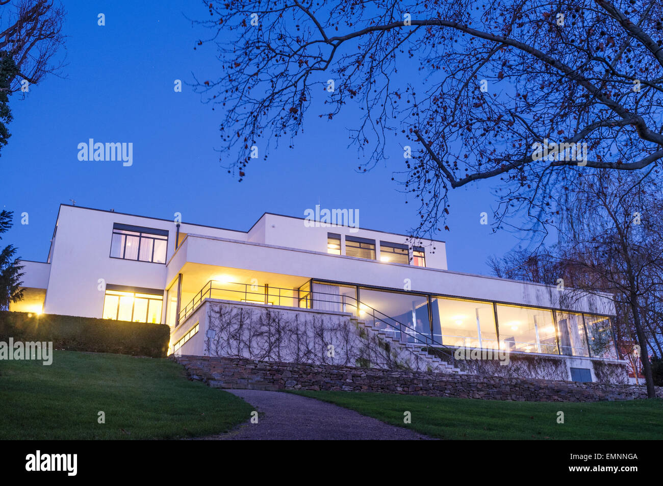 villa tugendhat at dusk mies van der rohe built it between 1928 and stock photo royalty free. Black Bedroom Furniture Sets. Home Design Ideas