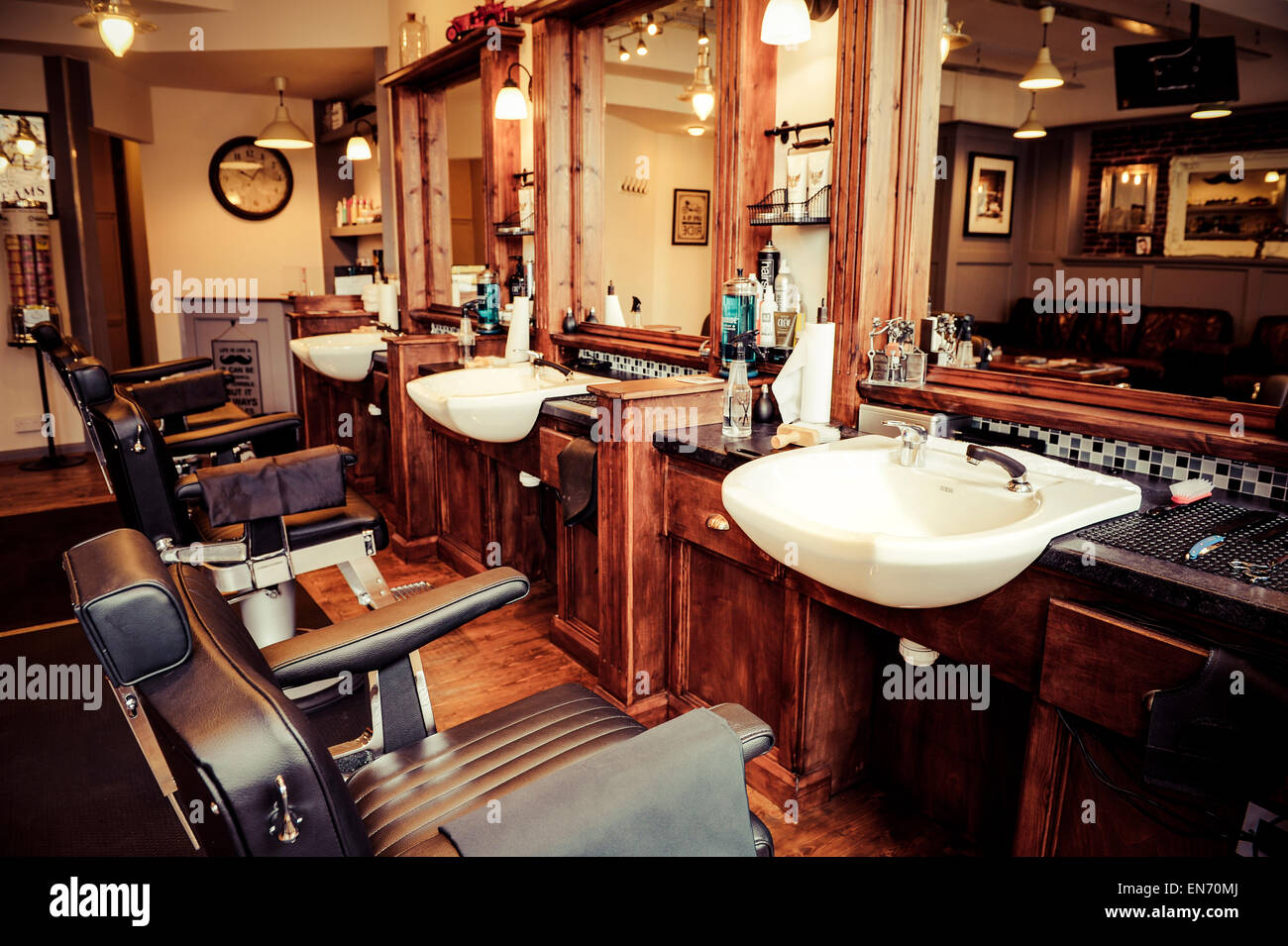 Men 39 s barber shop retro styled interior design stock for The barbershop a hair salon for men