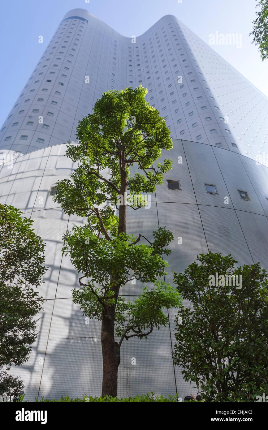 shinjuku-washington-hotel-designed-by-sa